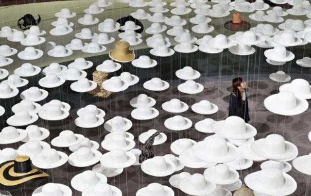 Field of Hats  61286f0169f